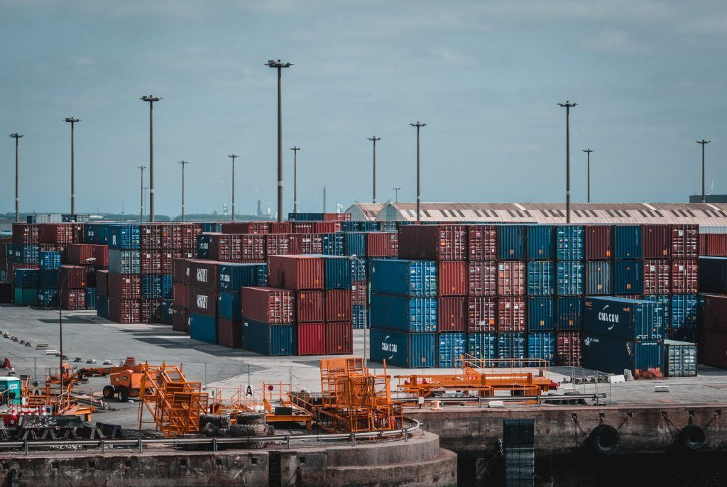 docks-containers